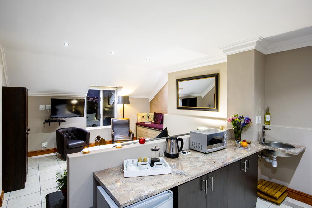 Holiday Guest House Langebaan Luxury Room 2